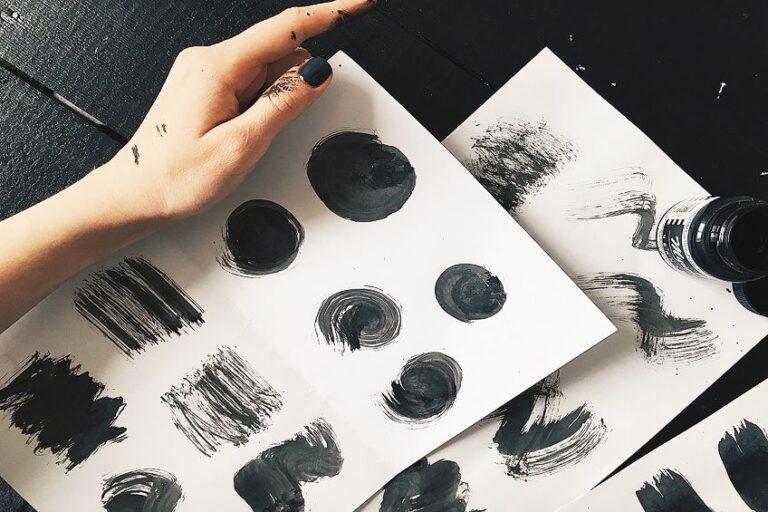 Farbe Schwarz – Schwarze Farbtöne selber mischen und Farbpsychologie